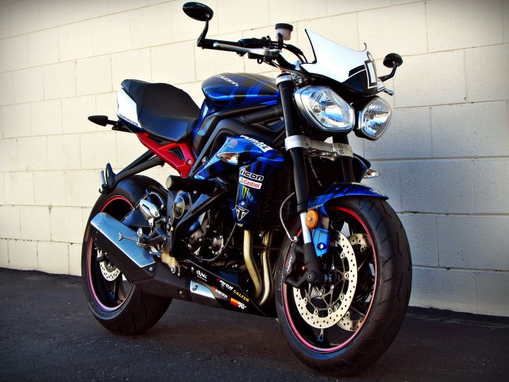 2014 Triumph Street Triple R Abs Team Empire Special